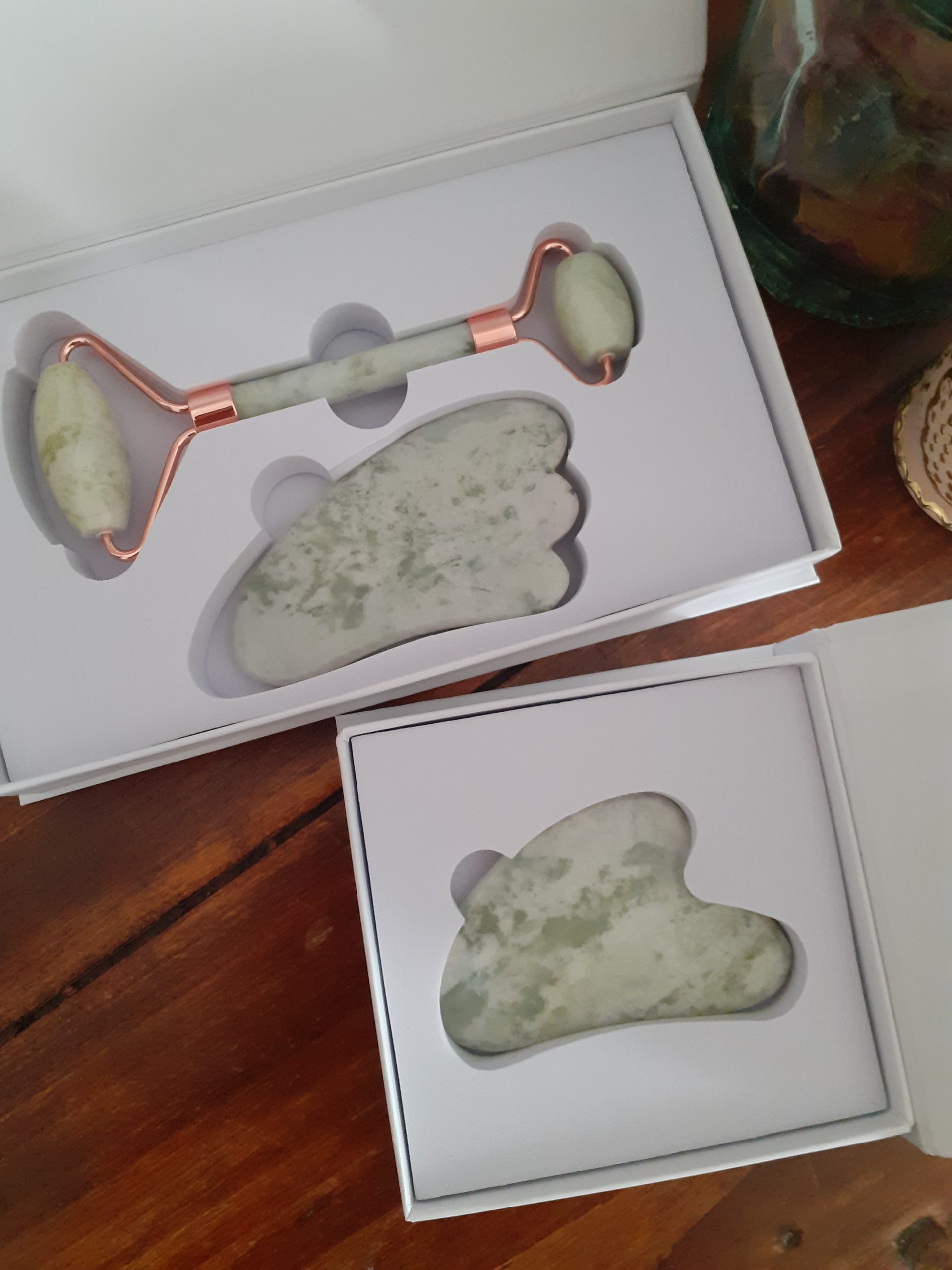Milk Jade Whole Set / Coffret Complet En Jade De Lait
